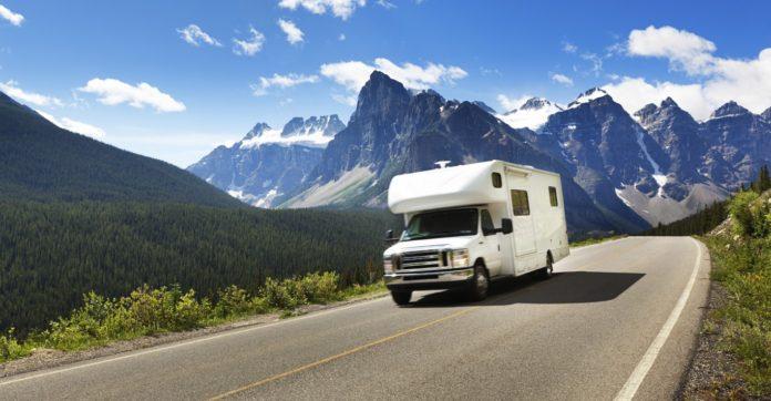 comment recevoir la tv tnt en direct dans son camping car. Black Bedroom Furniture Sets. Home Design Ideas
